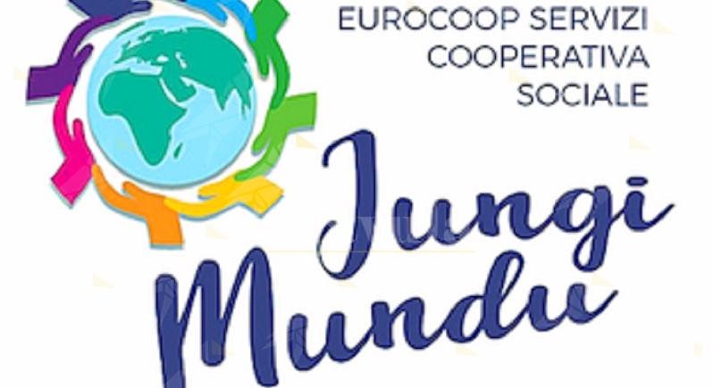 Incendio al negozio etnico di Daniel a Riace, la solidarietà della Eurocoop Jungi Mundu