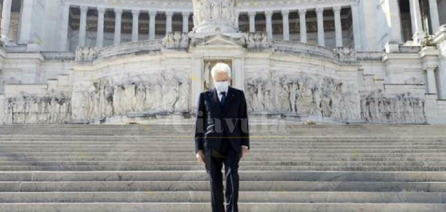"""Manifestante pro Salvini e Meloni: """"Mattarella deve morire. La mafia ha ucciso il fratello sbagliato"""""""