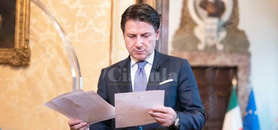 """Giuseppe Conte: """"Il governo lavora senza sosta"""""""