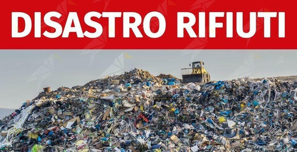 La gestione dei rifiuti è competenza regionale ma la Santelli non dà risposte