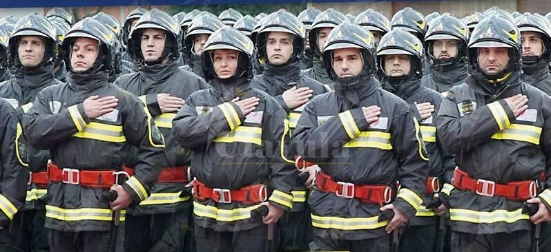 La Lega boccia l'aumento degli stipendi dei vigili del fuoco. Il Pd lo ripropone