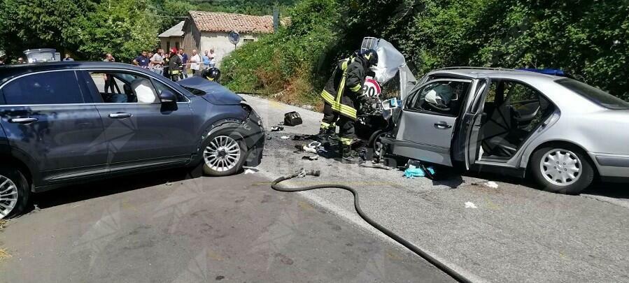 Calabria: Ennesimo incidente stradale, coinvolte due automobili