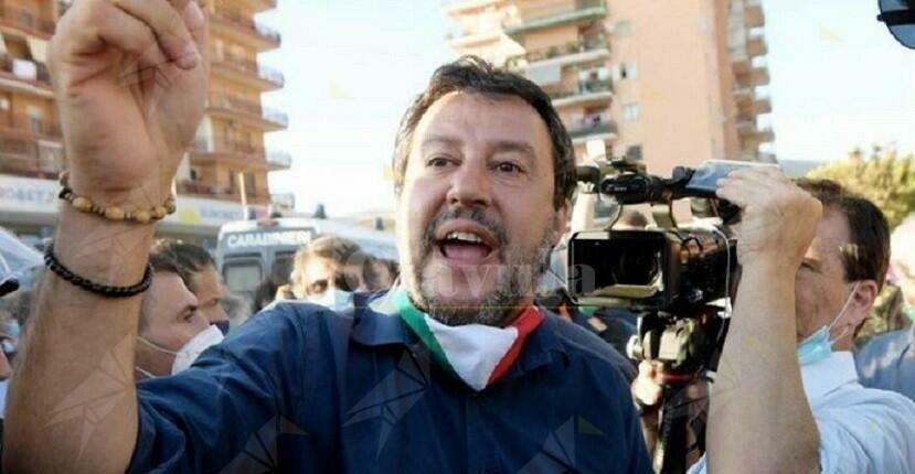 Salvini torna a Mondragone di nascosto. Perchè il sud non dimentica