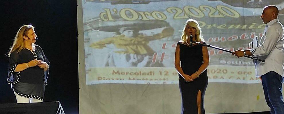 """Bagnara Calabra: il premio """"U Sciammisciu d'oro"""" alla gioiosana Simona Coluccio"""