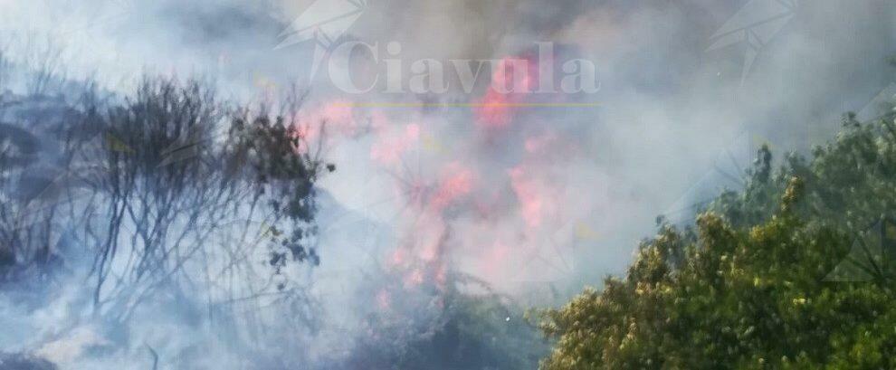 Incendio a Stilo, interviene la protezione civile di Caulonia