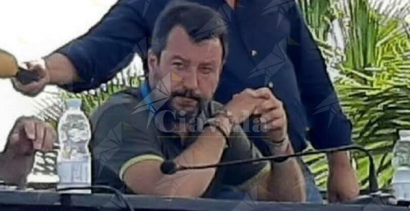 """Salvini: """"La ss 106 è una strada indegna"""". Ma fu la Lega a sottrarre 7 miliardi per darli agli allevatori del nord"""