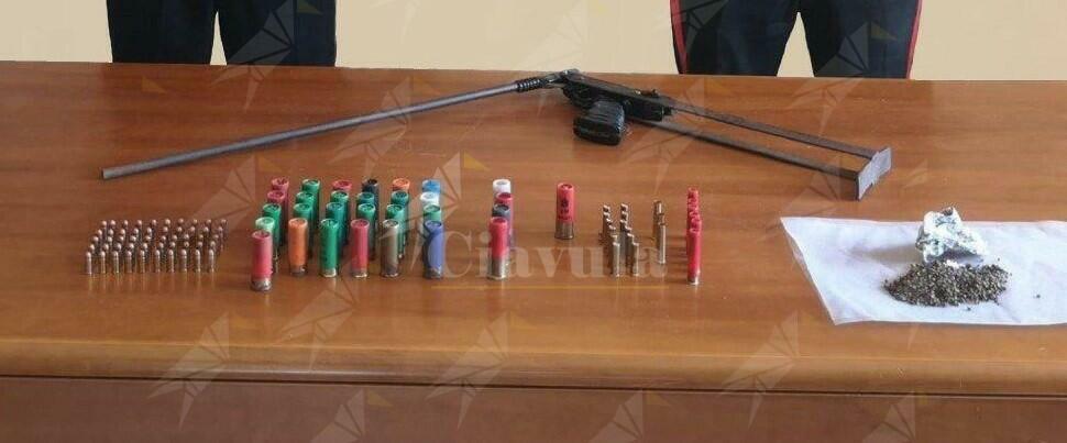 Placanica: ritrovato un fucile, varie munizioni e semi di canapa indiana