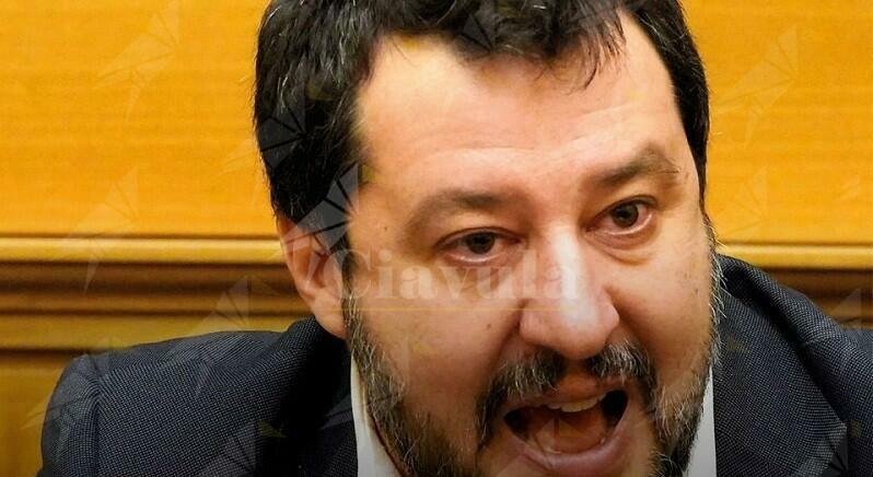 La politica di Salvini è sperare che nascano i problemi per specularci sopra