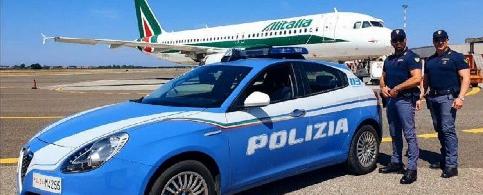 Parcheggia con un pass per disabili falso nei pressi dell'aeroporto di Lamezia, denunciato un reggino