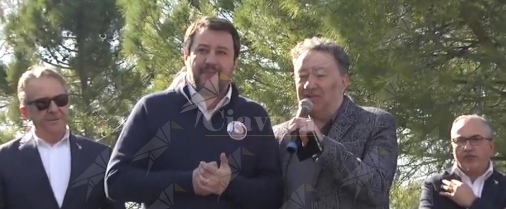 Dalla Calabria un altro schiaffo a Salvini (nonostante lo sguardo d'amore di Trifoli) – video