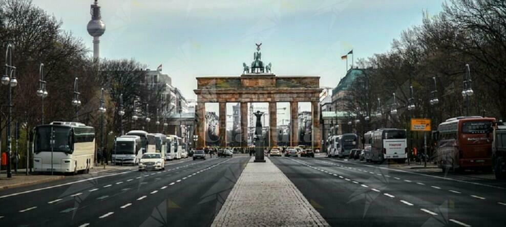 Gli italiani che andranno in Germania dovranno fare il tampone. Tutti eccetto i calabresi