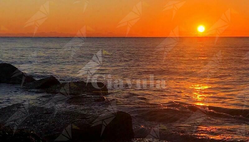 Foto di un'alba cauloniese