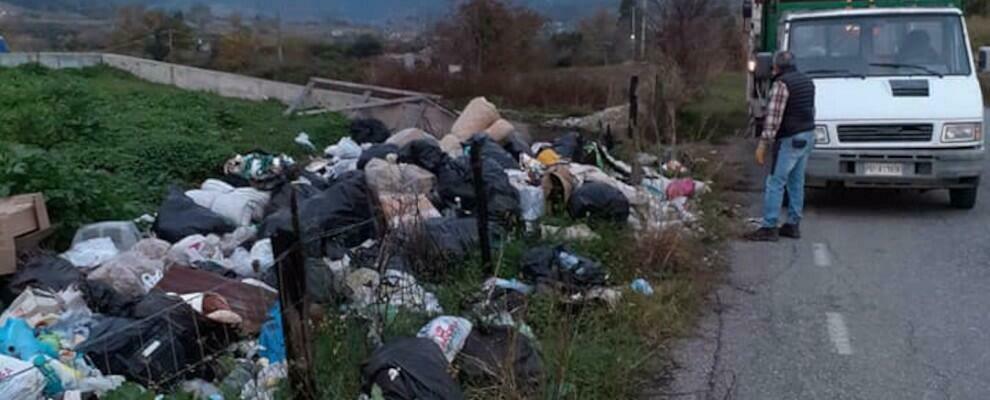 """Rifiuti a Caulonia: bonificate altre aree prese di mira dai """"lordazzi"""""""