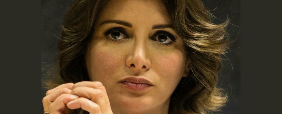 """Anna Falcone: """"O il Centro-Sinistra si da un progetto coerente o la Calabria verrà consegnata alla Destra"""""""