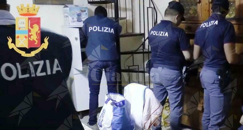 Calabria: Nasconde droga a casa della madre, arrestato