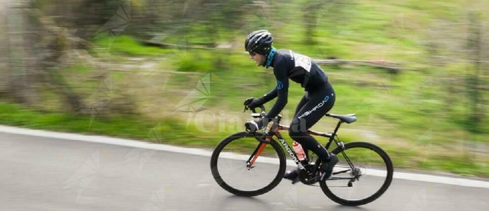 Calabria: Investe un ciclista e fugge senza prestare soccorso
