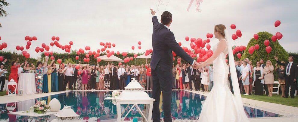 Calabria: sorpresi a festeggiare un matrimonio, multati in 23