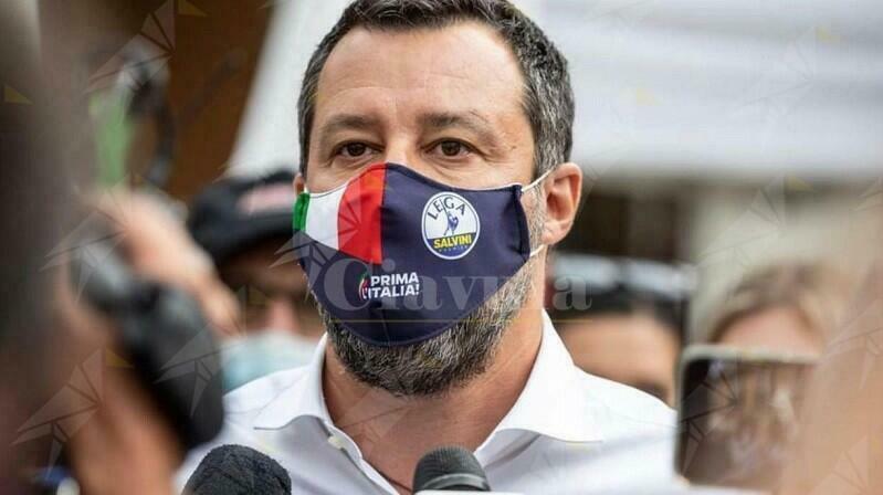 """Sinistra Italiana: """"Draghi si dissoci da Salvini che non ha condannato l'omicidio commesso dal suo amico leghista"""""""