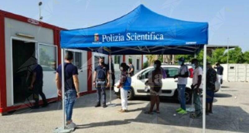 Vax Day alla Tendopoli di San Ferdinando, vaccinate 172 persone
