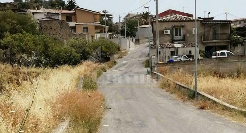 """Cambiamo Gioiosa: """"Tariffe cimiteriali esorbitanti e strade periferiche disastrate"""""""