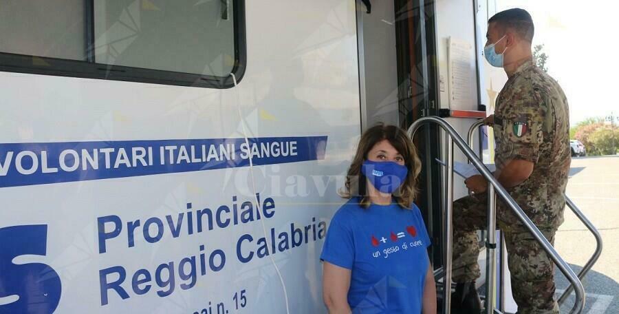 Calabria: Gli uomini e le donne dell'Esercito donano il sangue