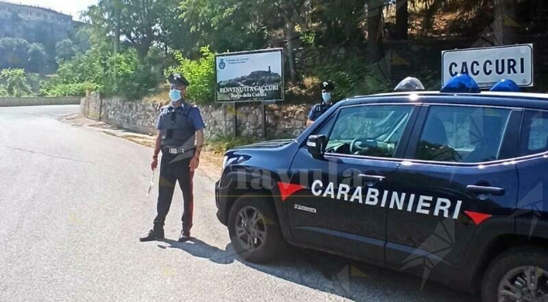 Calabria: Scoppia una rissa per futili motivi, 4 persone in manette