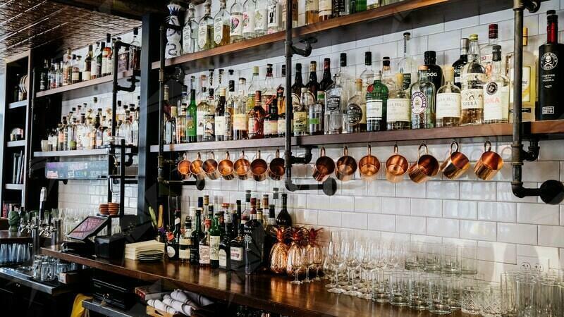 Bar chiuso a Cirò marina perchè all'interno sostavano persone senza green pass