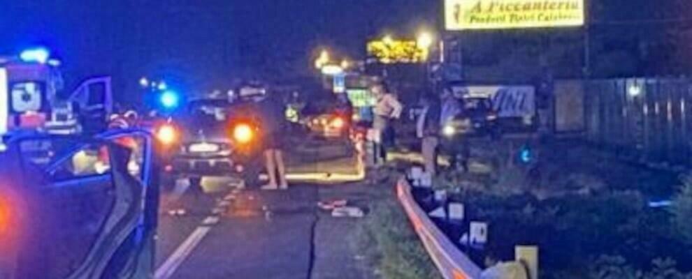 Tragedia sfiorata in Calabria, travolti due pedoni sulla Statale 106