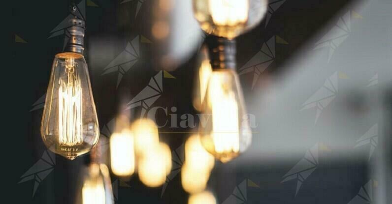 Ad ottobre aumento delle bollette elettriche del 40%