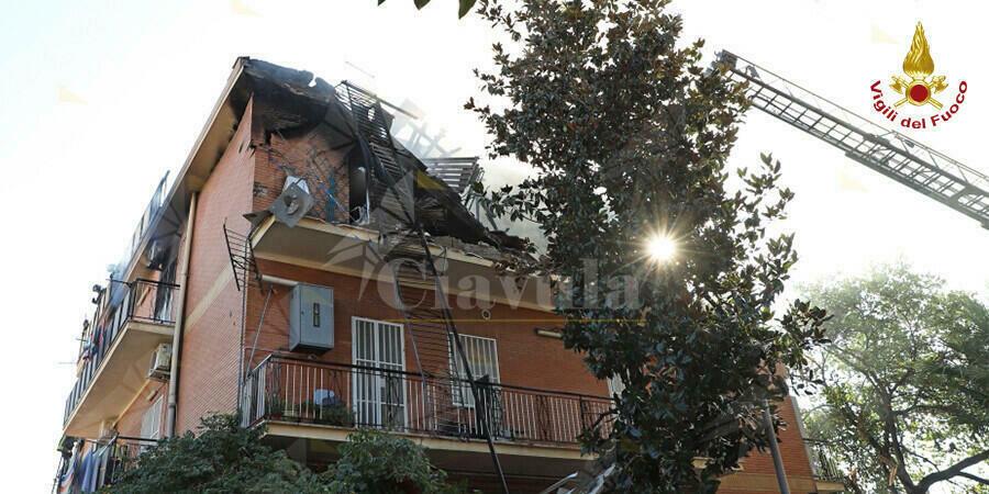 Roma, esplosione provoca il crollo parziale di una palazzina