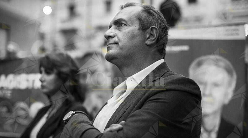 "Luigi de Magistris: ""Non sarò consigliere regionale"""
